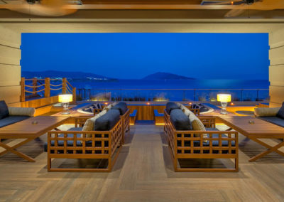 Caresse-a-Luxury-Collection-Resort-Spa-Bodrum-Turkey-Glass