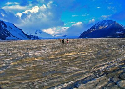 Mongolia-Potaniin-glacier