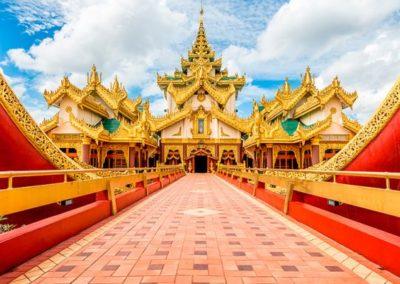 Palacio Paraweik en Myanmar