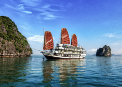 victory-cruise-halong