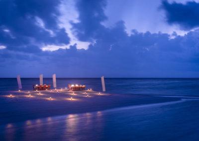 Conrad-MaldivesBeach-dining