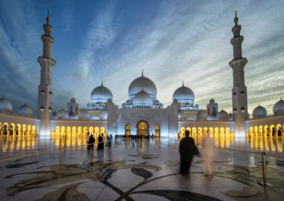 Sheikh-Zayed-Grand-Mosque-Centre-Abu-Dhabi-Beautiful-photography-in-the-night-Desktop-HD-Wallpaper-For-PC-Tablet-And-Mobile-Download-5200x3250-1920x1440