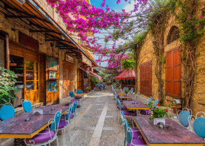 restaurants-old-souk-byblos-jbeil-lebanon-middle-east-96829497