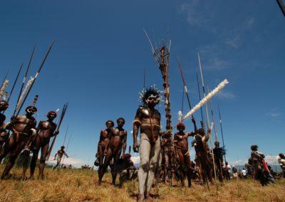 Baliem-Valley-West-Papua-Indonesia-tribal-attire-Baliem-Valley-Festival-WAMENA
