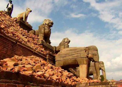 150429130131-lok-watson-nepal-bhaktapur-damage-00010803-super-169