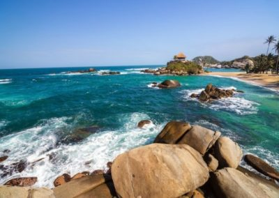 ofrece-loreto-bcs-a-turistas-su-naturaleza-costumbres-e-historia-696x465